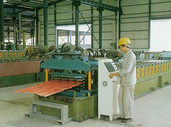 玻璃形瓦面生產線